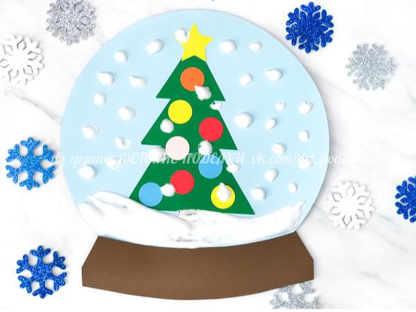 Новогодняя аппликация Елочка в снежном шаре объемная краска: равные части клея пва и крема для бритья