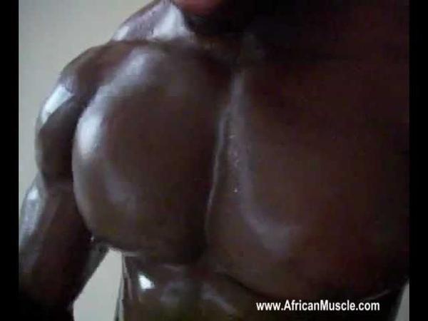 Ivory Coast BODYBUILDER TCHABE Abraham Bouncing Pecs