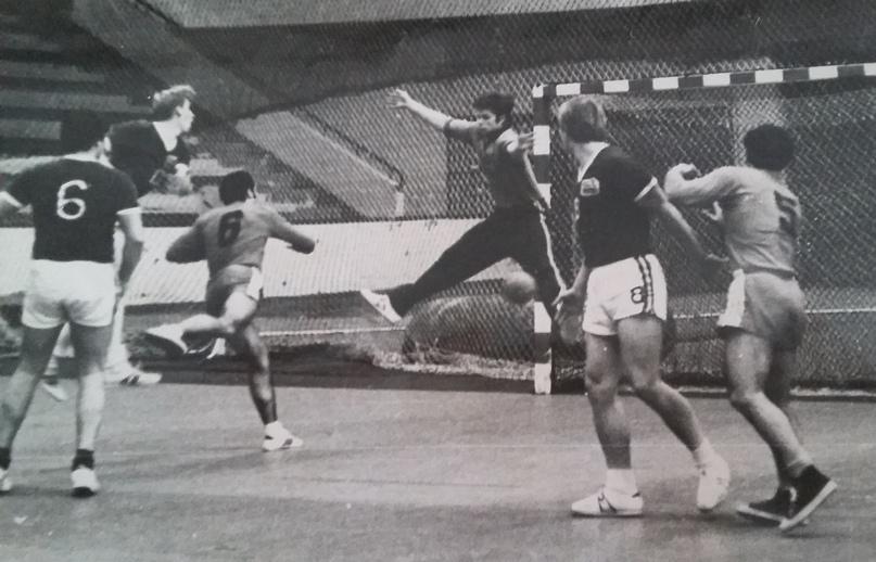 """Георгий Бериашвили: """"Церцвадзе брал мяч в руку, и зрители просили устроить цирк"""", изображение №8"""