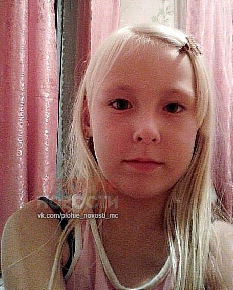 Восьмилетняя девочка Света Дудина пропала 20 июня 2016 года В тот день с самого утра она каталась с папой на комбайне. Просила у родителей об этом давно, вот и исполнилась детская мечта. - Я