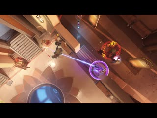 This is what happens when both Reinhardts have the same idea.