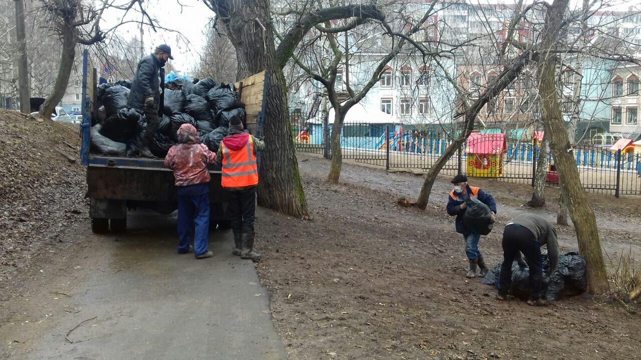 Ул. Советская, 29. Вывоз мусора после проведения
