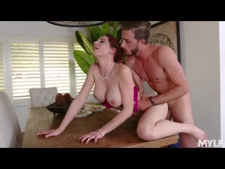 Lilian Stone - Ten Years Gone [Fucking Pussy Mom, MILF, Wife, Big Ass, Incest, зрелые, мачеха, милф, инцест, мамки, измена]