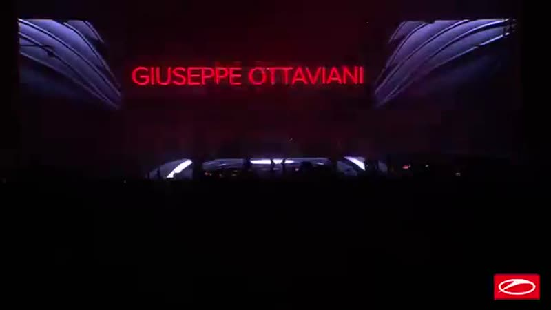 Giuseppe Ottaviani Live 3 0 live at A State Of Trance 950 Jaarbeurs Ut ez C9gT4HmU