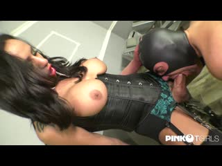 Miranda Pinocchio - The Amazing Subdues The Slave With Her Huge