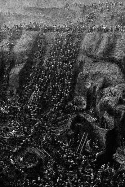 Ад на земле одна из крупнейших шахт в мире по добыче золота Серра Пелада В январе 1979 года фермер Дженезио Феррейра да Силва нанял геолога, чтобы выяснить, является ли золото, которое он