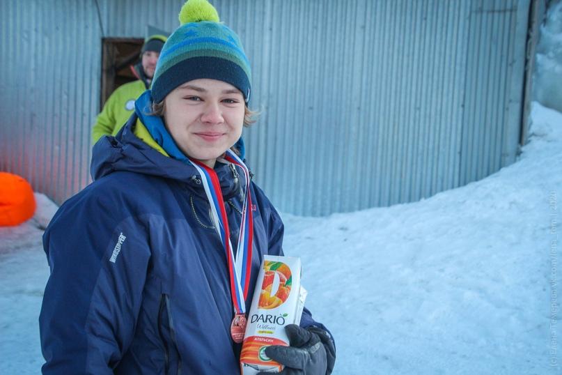 Главные отечественные ледолазные старты сезона финишировали в городе Кирове в минувшие выходные – чемпионат и первенство России по альпинизму. Всем было что доказывать и что терять…, изображение №104