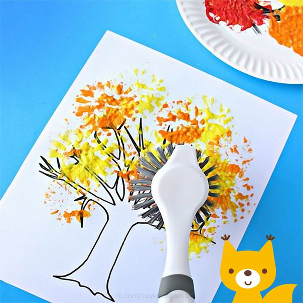РИСУЕМ ОСЕННЕЕ ДЕРЕВЦЕ Необычный способ рисования: при помощи щётки. Можно использовать