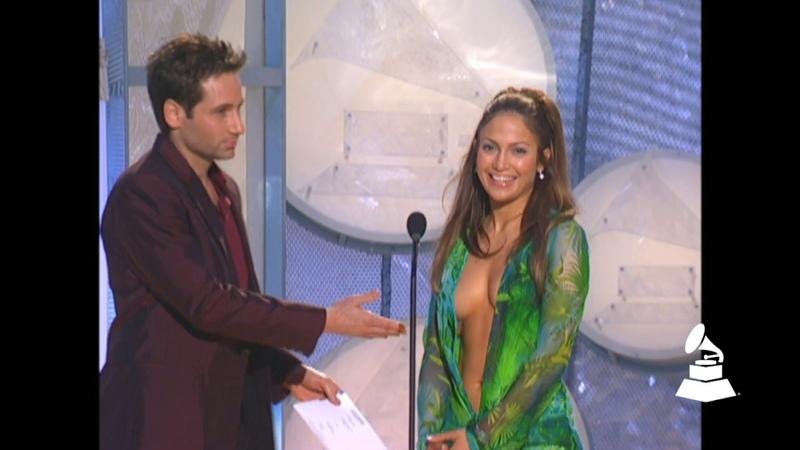 Jennifer Lopez And David Duchovny Present Best R B Album At The 42nd GRAMMY Awards