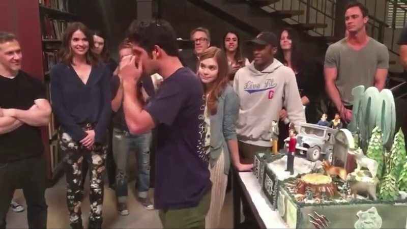 Tyler Posey Cry and Say Goodbye to Teen WolfCast (