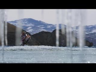 Двукратный чемпион мира по ледовому спидвею Даниил Иванов