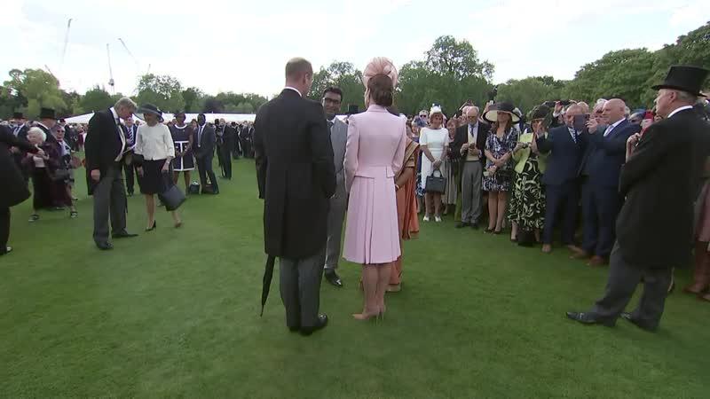Уильям и Кейт посетили чайную вечеринку в саду Букингемского дворца, 21.05.2019