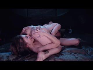 Adriana Chechik, Kissa Sins - Sapphic Curse Of Tthe Crystal Skull