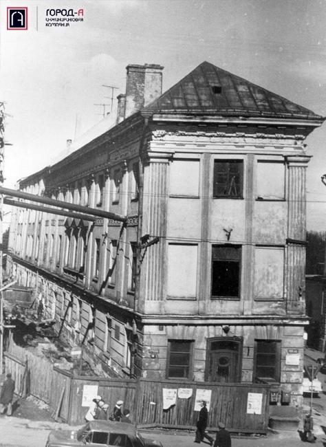История «падающего» дома в Тарту