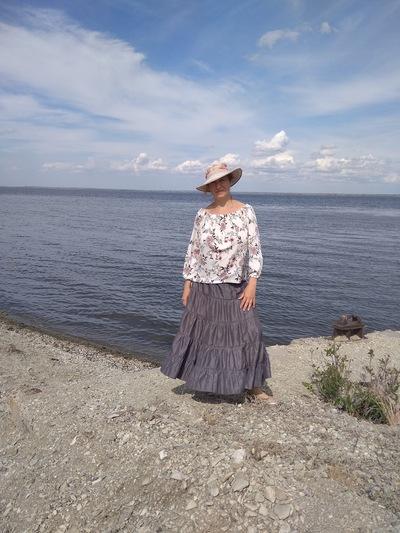 Елена Толочкова