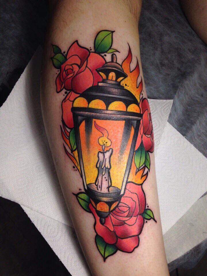 Ищу моделей по доступным ценам на сочные татуировки