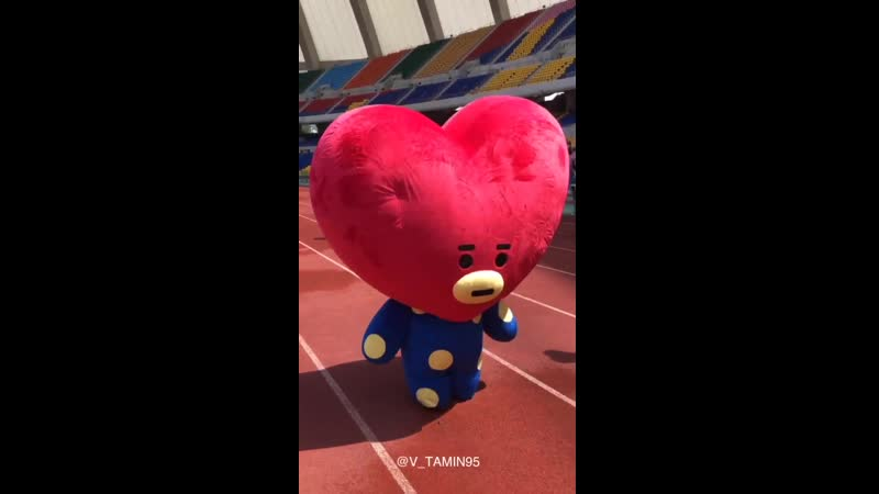 They are sooo cuteeee️ - - BTS BTS5thMuster Busan