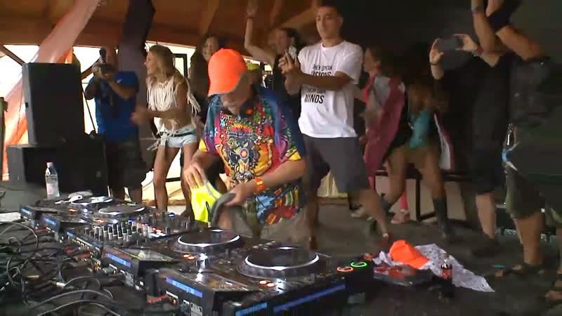 Raja Ram playing at Ozora Festival 2019