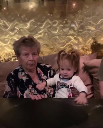 """Дом 2 Эфиры on Instagram: """"Семейство Рапунцелей на ужине с бабушкой и подружками😊😉"""""""