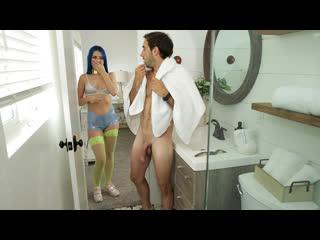 Jewelz Blu - Tempted By Step Sister (Big Ass, BIg Tits, Blowjob, Cowgirl, Creampie, Deep Throat, Passion, POV)
