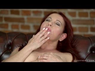 Рыжая бабушка подрочила и трахнула внука, busty milf mature granny sex porn tit ass boob pussy (Инцест со зрелыми мамочками 18+)