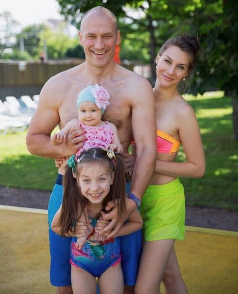 Константин Соловьев в новом интервью о своей семье:
