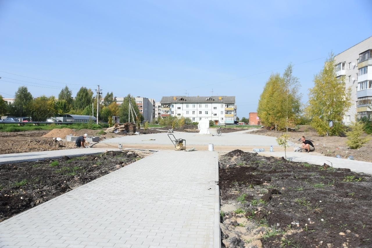 Благоустройство аллеи Славы в Вологде близится к завершению