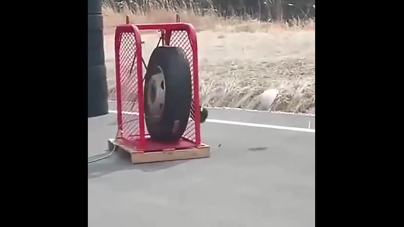 Что будет если перекачать колесо.mp4