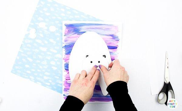 3D - аппликация Полярный мишка Голова и туловище крепятся на бумажную пружинку и при шевелении картонной основы забавно