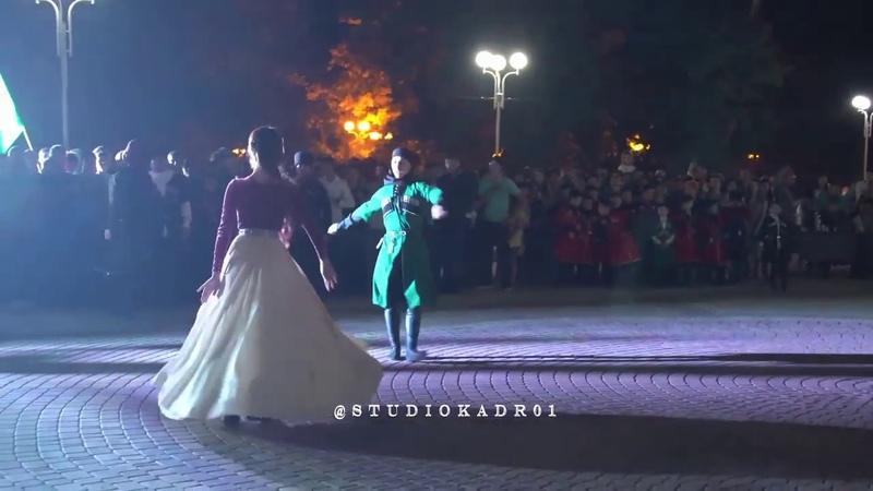 Черкесы зажигают Лъапэрисэ Адыгея Майкоп