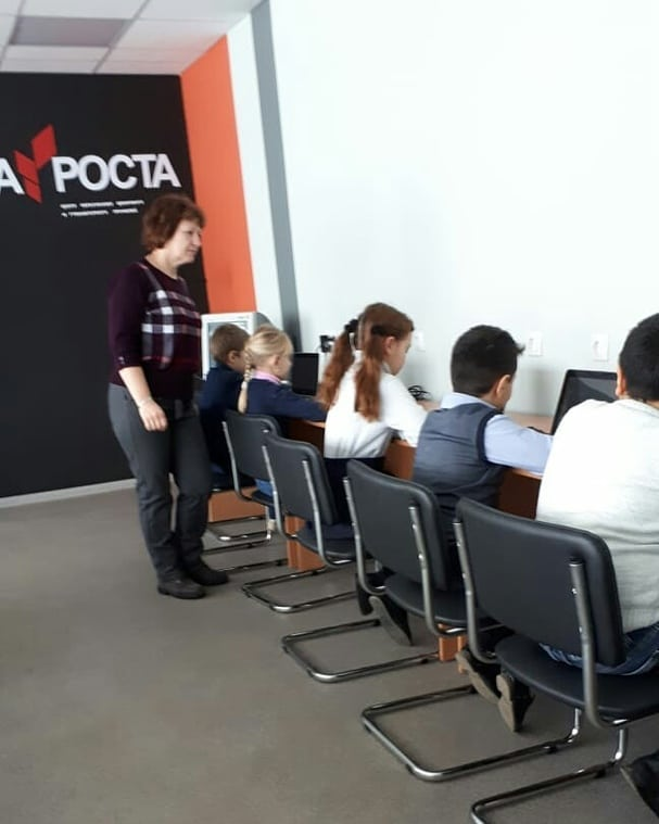 В центрах «Точка роста» Петровского района продолжаются кружковые занятия