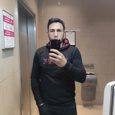 Хайрулло, 25, Mankent