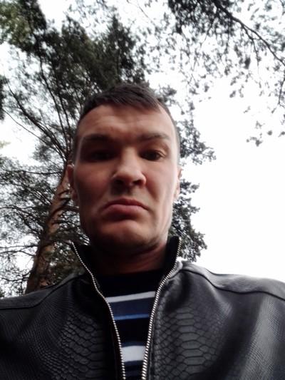 Олег, 43, Yekaterinburg