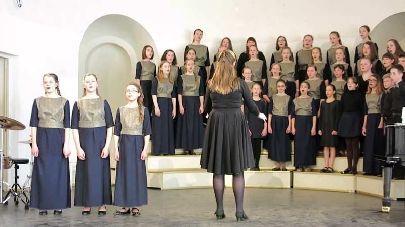 Концертный хор Перезвоны - Все мы люди (дирижирует Мария Стойкович)