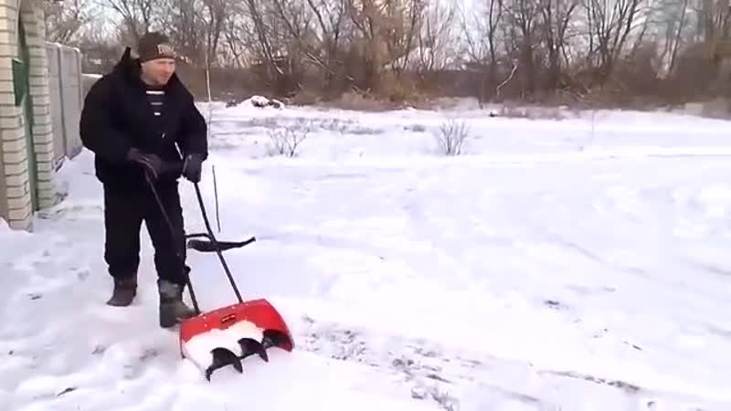 Быстрая уборка снега с супер лопатой