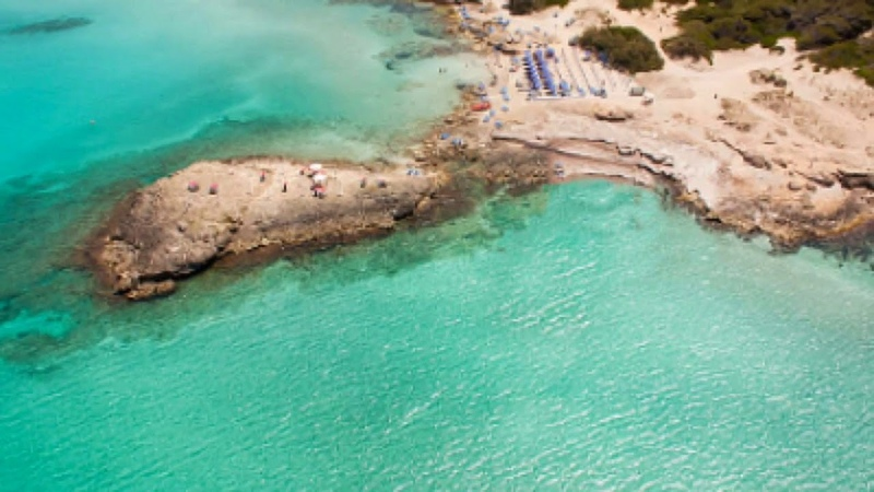 Salento le più belle spiagge ,Gallipoli,Maldive del Salento e tante altre viste dal drone DJI MAVIC