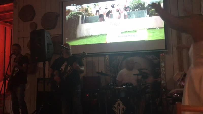 Группа «JAM» в кафе «Пили - ели»