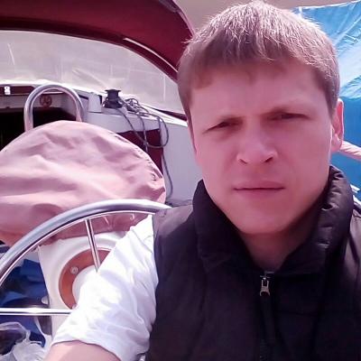Михаил Белов