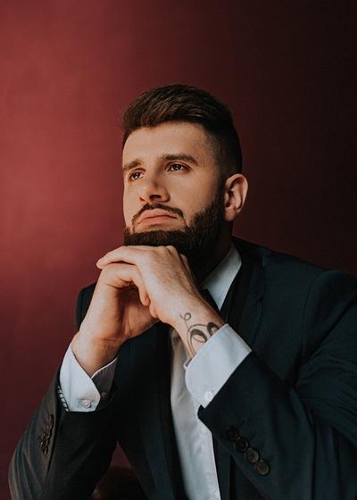 Максим Оганов