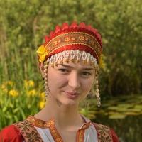Вика Романова