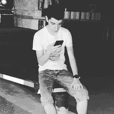 Davit, 18, Yerevan
