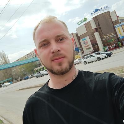 Mihail, 26, Oral