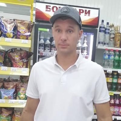 Артур Попов
