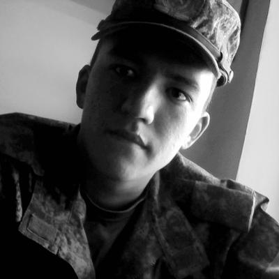 Николай, 21, Buzuluk