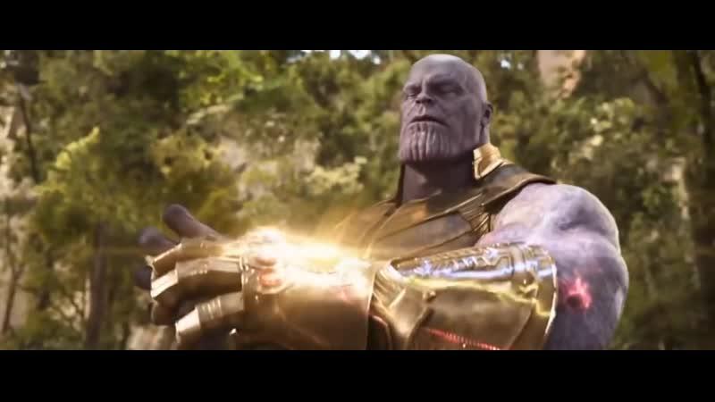 Мстители Война Бесконечности Танос собирает перчатку и щелкает пальцами