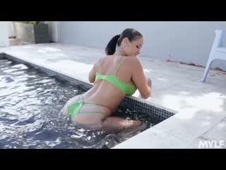 Miss Raquel - Juicy [All Sex, Hardcore, Blowjob, MILF, Big Tits, Big Ass]