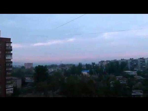 Славянск Утро 02 05 2014 Выстрелы Сирена Вертолет