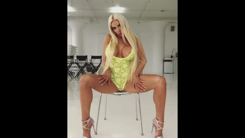 Потрясная Nicolette Shea порно секс эротика попка booty anal анал сиськи